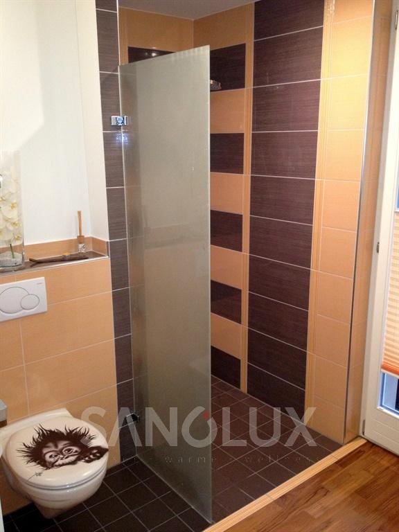 produkte f r ihr bad wie dampfduschen badheizk rper whirlwannen uvm sanolux gmbh. Black Bedroom Furniture Sets. Home Design Ideas